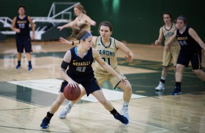 Franciscan women's basketball snapped a three-game losing skid with a dominant 78-62 win over Medaille College on Feb. 13.  Photo by Martin Jernberg.