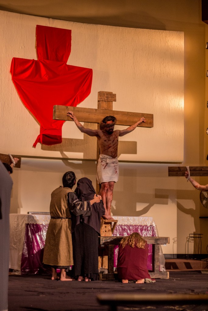 Jesus dies on the cross. Photo by James Keupper.