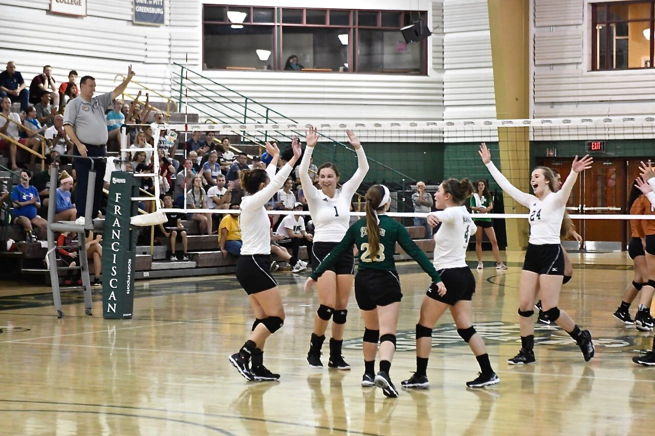 Lady Barons volleyball